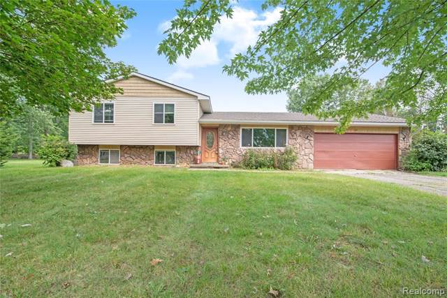 37 Fordney Place, Howell Twp, MI 48855 (#219089640) :: The Buckley Jolley Real Estate Team
