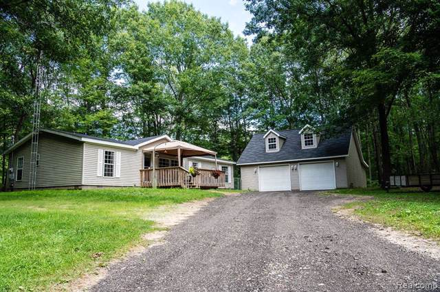 5448 Rood Road, Holly Twp, MI 48442 (#219089663) :: RE/MAX Classic