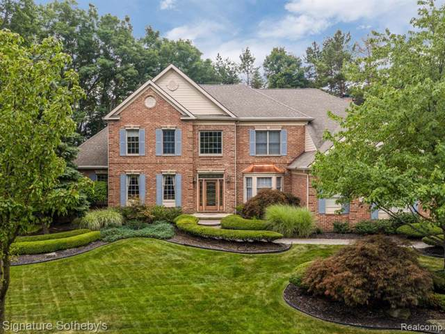 45541 Tournament Drive, Northville Twp, MI 48168 (#219089972) :: The Buckley Jolley Real Estate Team
