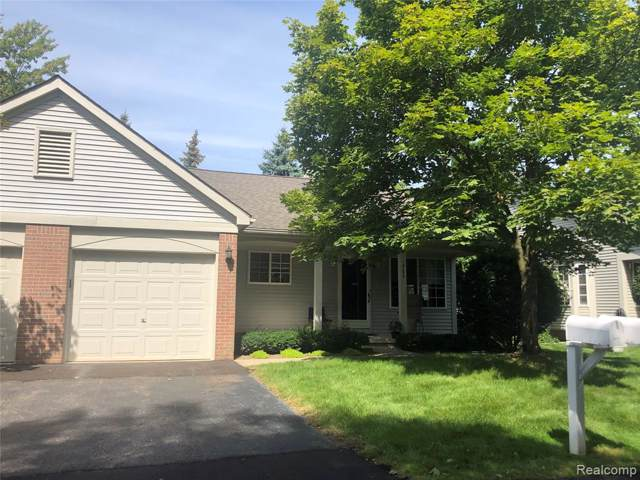 19559 Mandarin Drive #3, Roseville, MI 48066 (#219090074) :: The Buckley Jolley Real Estate Team