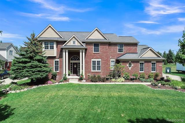 53436 Shinnecock Drive, Lyon Twp, MI 48178 (#219090226) :: The Buckley Jolley Real Estate Team