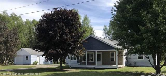 1486 Ives Avenue, Burton, MI 48509 (#219090616) :: The Buckley Jolley Real Estate Team