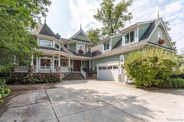 7287 Locklin, West Bloomfield Twp, MI 48324 (#219090617) :: The Buckley Jolley Real Estate Team