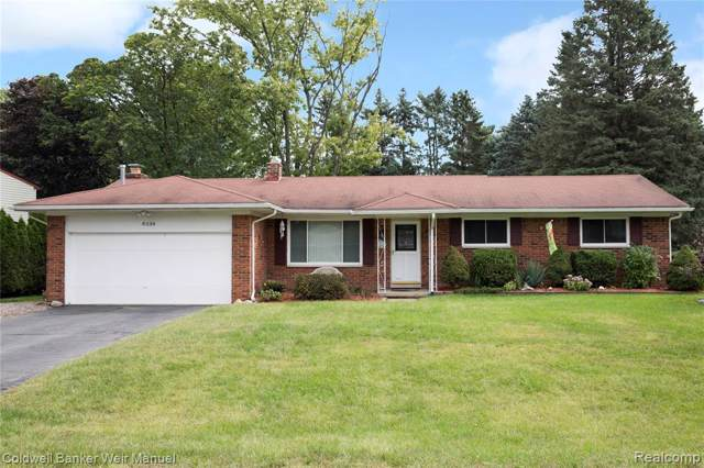 8338 Vanden Drive, White Lake Twp, MI 48386 (#219090636) :: The Buckley Jolley Real Estate Team