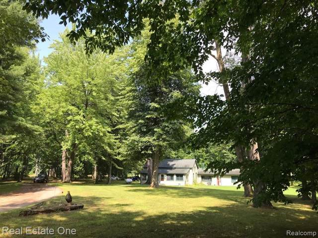 6150 Clintonville Road, Independence Twp, MI 48348 (#219090712) :: RE/MAX Classic