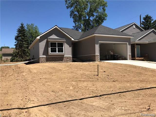 343 Alpeana-B Street, Auburn Hills, MI 48326 (#219090931) :: The Buckley Jolley Real Estate Team