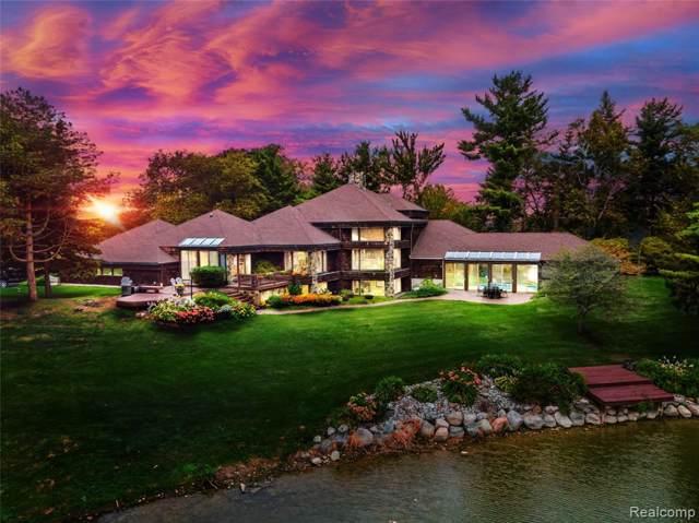 9065 Circle Lake Drive, Mundy Twp, MI 48439 (#219090967) :: The Buckley Jolley Real Estate Team
