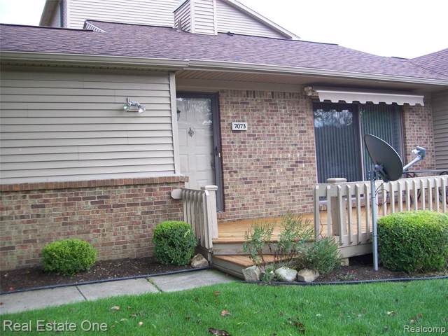 7073 Clements, West Bloomfield Twp, MI 48322 (#219091220) :: The Buckley Jolley Real Estate Team
