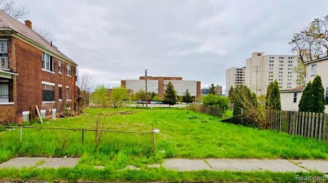 632 Field, Detroit, MI 48214 (#219091311) :: RE/MAX Classic