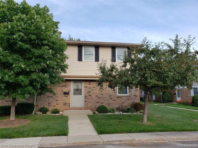 949 Kirts Boulevard #30, Troy, MI 48084 (#219091345) :: The Buckley Jolley Real Estate Team
