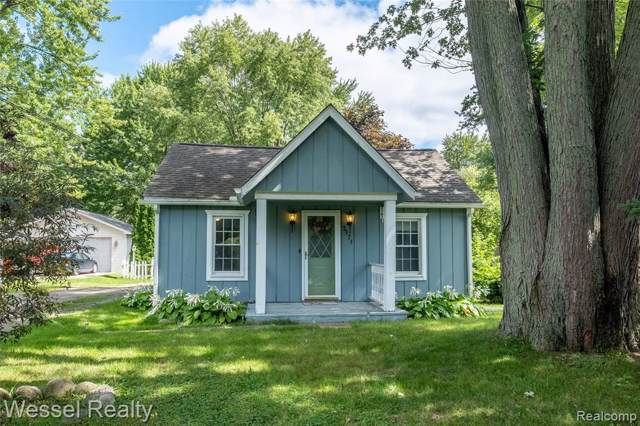 3171 Grant Road, Rochester Hills, MI 48309 (#219091472) :: The Buckley Jolley Real Estate Team