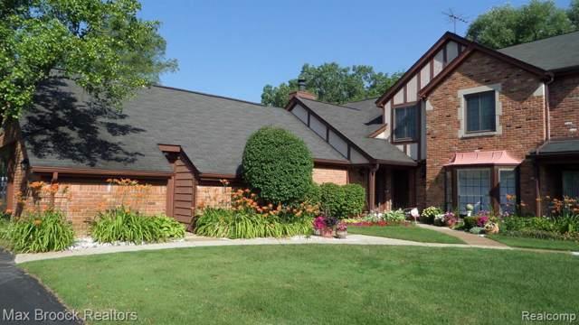2651 Williamsburg Circle Circle, Auburn Hills, MI 48326 (MLS #219091920) :: The Toth Team
