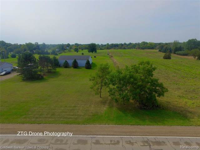 000 Oak Grove Road, Howell Twp, MI 48855 (#219091976) :: Team DeYonker