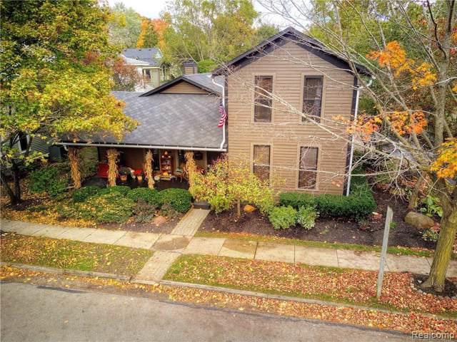 11 Buffalo Street, Village Of Clarkston, MI 48346 (#219092173) :: Keller Williams West Bloomfield