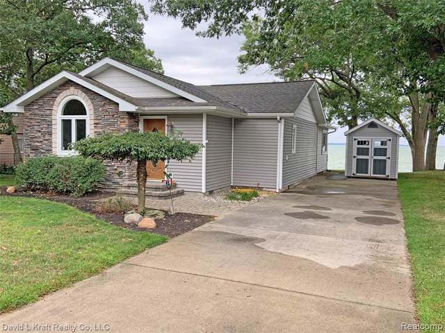 9073 Point Charities Avenue, Caseville Twp, MI 48755 (#219092210) :: BestMichiganHouses.com