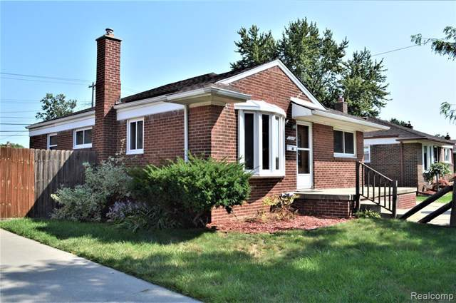 23049 Beverly Street, Saint Clair Shores, MI 48082 (#219092372) :: BestMichiganHouses.com