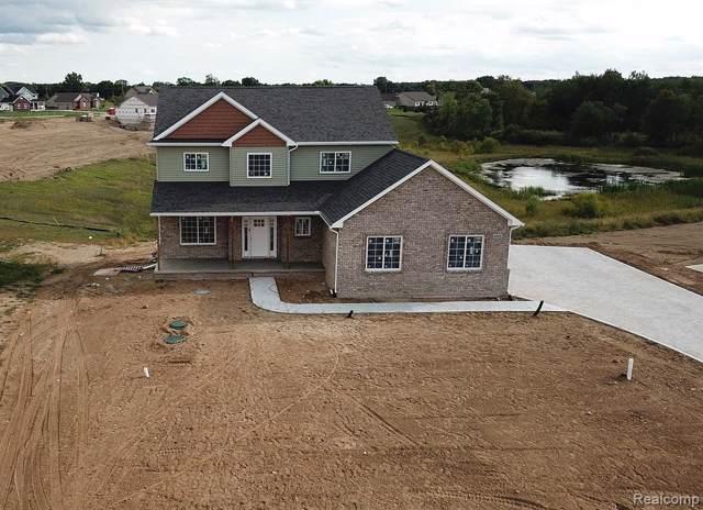 6018 Zander Lane, Highland Twp, MI 48356 (#219092517) :: The Buckley Jolley Real Estate Team