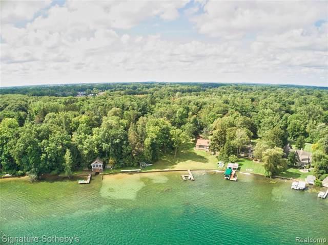 990 Lake Angelus Shores Drive, Lake Angelus, MI 48326 (#219092735) :: The Buckley Jolley Real Estate Team