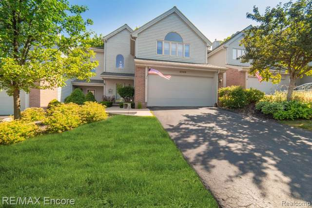 4996 Timberway Trail, Independence Twp, MI 48346 (#219092863) :: The Alex Nugent Team | Real Estate One