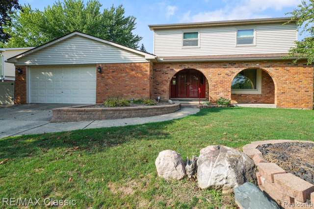 40526 Village Oaks, Novi, MI 48375 (#219092885) :: The Buckley Jolley Real Estate Team