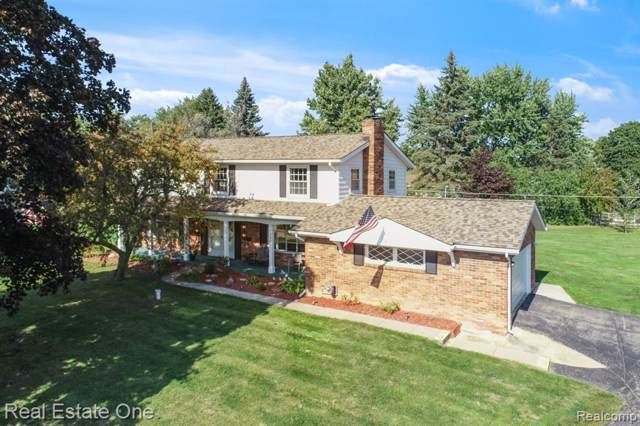 1280 Arrowwood Circle, Grand Blanc Twp, MI 48439 (#219092909) :: Team Sanford