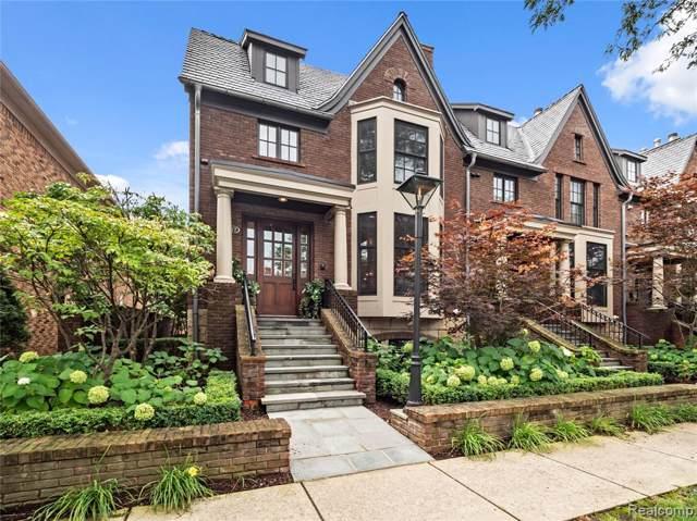 277 W Brown Street, Birmingham, MI 48009 (#219093134) :: The Buckley Jolley Real Estate Team