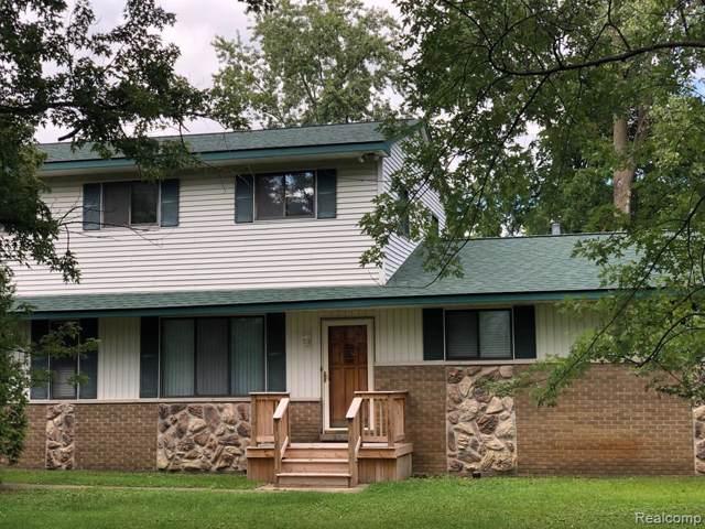 4700 Chipman Drive, Waterford Twp, MI 48327 (#219093182) :: GK Real Estate Team