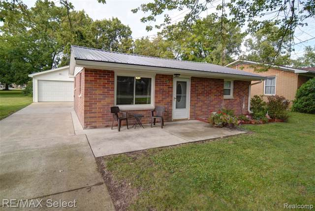 249 E Maple Street, Montrose, MI 48457 (#219093292) :: The Buckley Jolley Real Estate Team