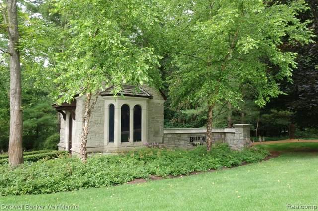 7795 Fieldstone Ridge, Independence Twp, MI 48348 (#219093325) :: GK Real Estate Team