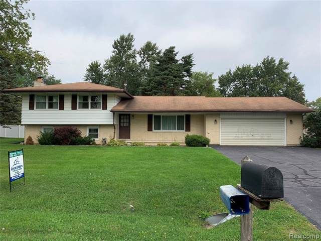 322 Carter Avenue, Troy, MI 48098 (#219093452) :: The Mulvihill Group
