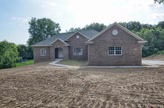 2120 Crested Butte Drive, White Lake Twp, MI 48383 (#219093474) :: The Buckley Jolley Real Estate Team