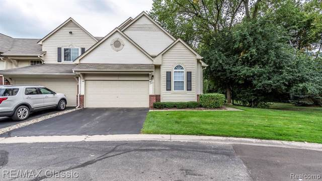 38422 Saratoga Cir, Farmington Hills, MI 48331 (#219093595) :: The Buckley Jolley Real Estate Team