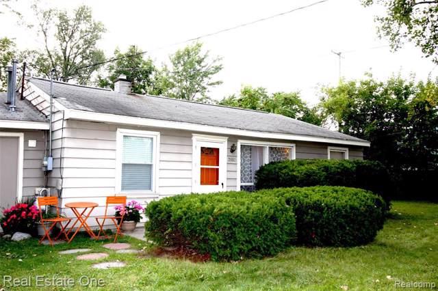 2880 Alexander Avenue, Rochester Hills, MI 48309 (#219094080) :: The Buckley Jolley Real Estate Team
