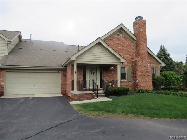 10 Oxford Court, Dearborn, MI 48124 (#219094358) :: Alan Brown Group