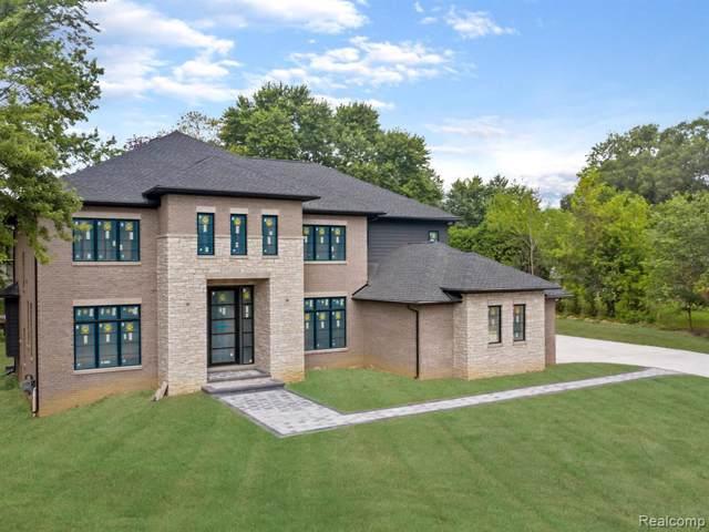 5766 Kenmoor Road, Bloomfield Twp, MI 48301 (#219094607) :: The Buckley Jolley Real Estate Team