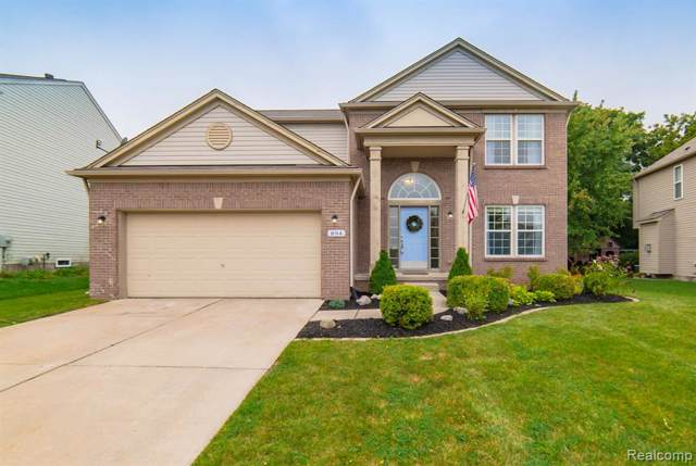 894 Canyon Creek Drive, Holly Twp, MI 48442 (MLS #219094871) :: The Toth Team