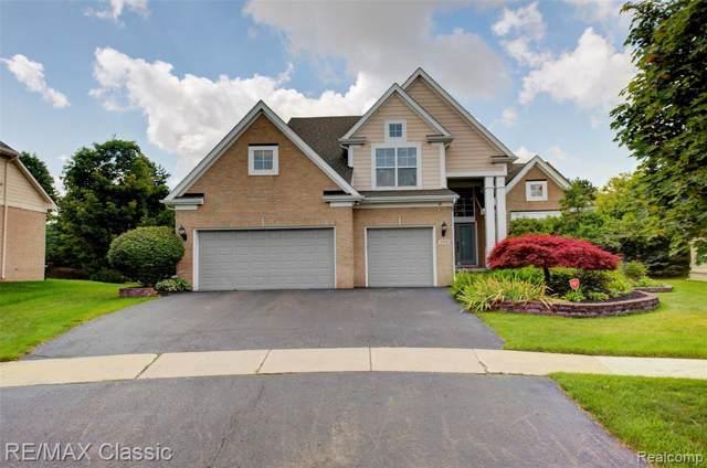 4968 Lake Crest Drive, West Bloomfield Twp, MI 48323 (#219095007) :: RE/MAX Classic