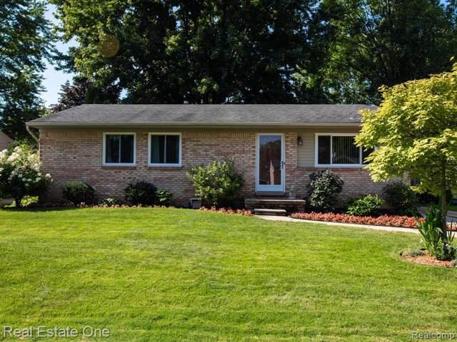 465 Cambridge Avenue, South Lyon, MI 48178 (#219095020) :: The Buckley Jolley Real Estate Team