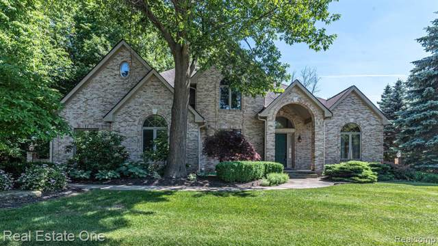 47973 Andover Drive, Novi, MI 48374 (#219095244) :: GK Real Estate Team