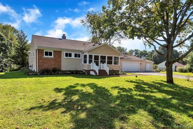11455 Dexter Pinckney Road, Putnam Twp, MI 48169 (#219095303) :: The Buckley Jolley Real Estate Team