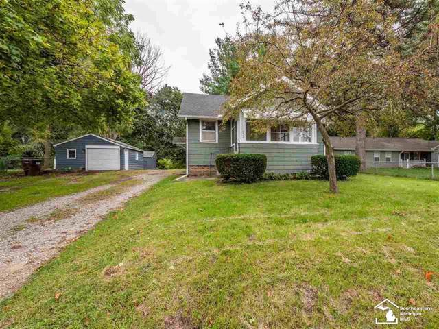 537 Fairyland Ave., Leoni Twp, MI 49203 (#57031394445) :: Keller Williams West Bloomfield