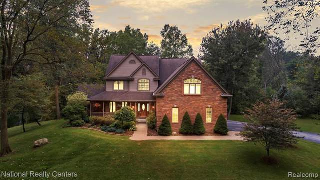 1368 Perry Lake Road, Brandon Twp, MI 48462 (#219095425) :: The Buckley Jolley Real Estate Team