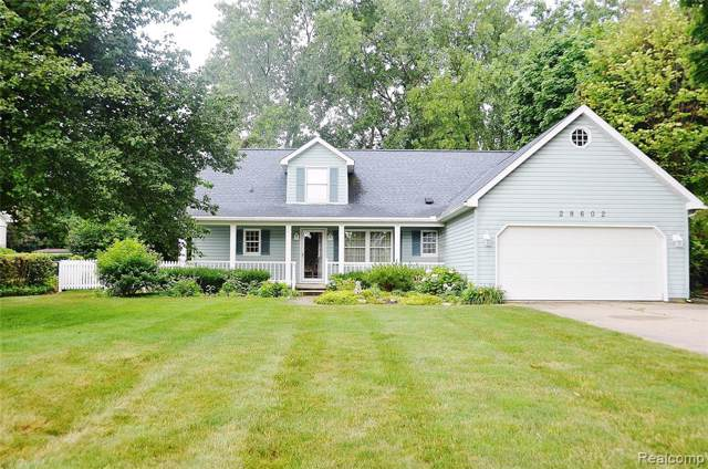 28602 Chatham Road, Grosse Ile Twp, MI 48138 (MLS #219095482) :: The Toth Team