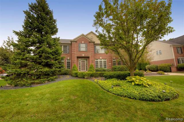 48592 Antique Road, Canton Twp, MI 48187 (#219095533) :: The Mulvihill Group