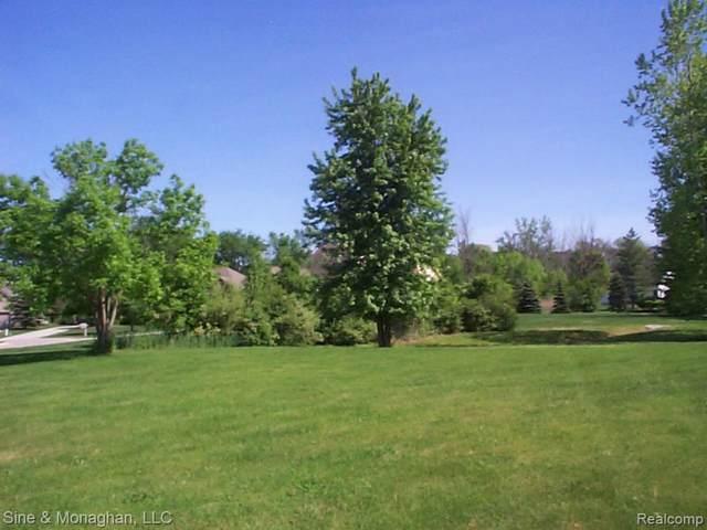 13 Golfside, ST. CLAIR TWP, MI 48079 (MLS #219095668) :: The Toth Team