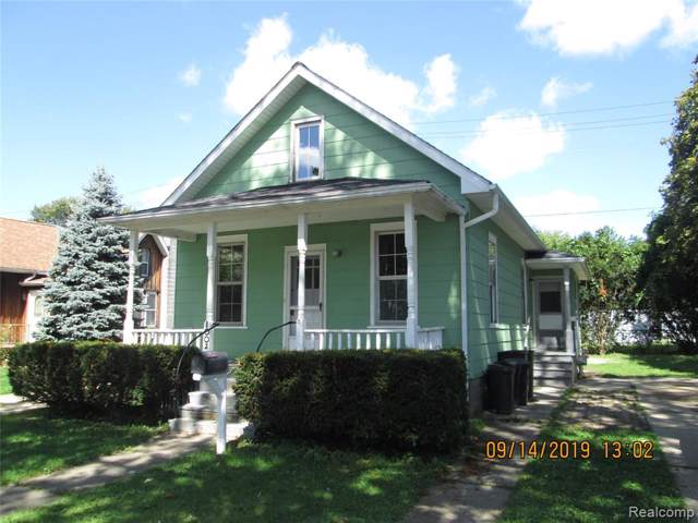 1002 Witherell Street, ST. CLAIR, MI 48079 (MLS #219095945) :: The Toth Team