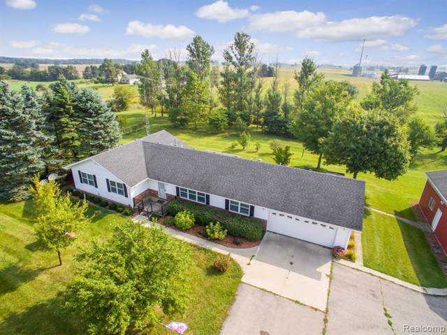 8897 Smythe Rd, Sharon Twp, MI 48158 (#219096011) :: Team Sanford