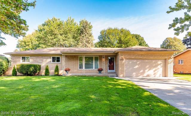 8747 Pemberton Drive, Sterling Heights, MI 48312 (#219096051) :: The Alex Nugent Team | Real Estate One