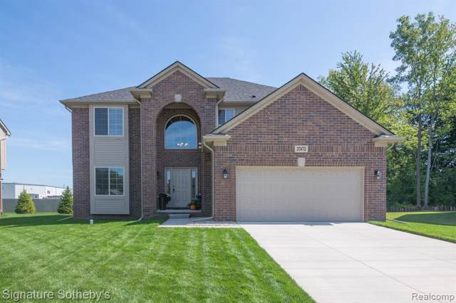 37472 Ersa Court, Sterling Heights, MI 48310 (#219096062) :: BestMichiganHouses.com