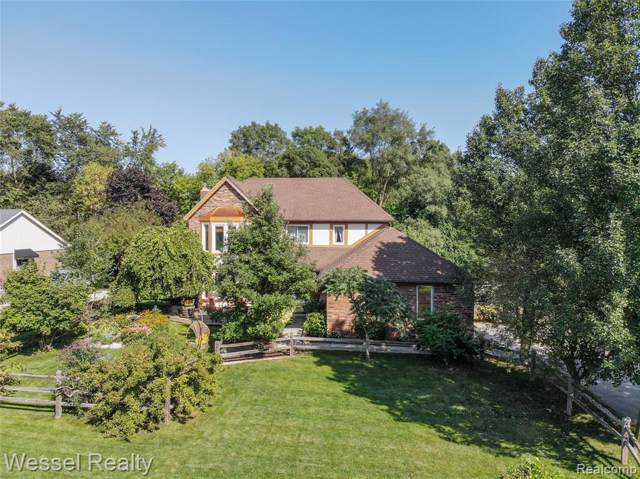 61606 Woodfield Way, Washington Twp, MI 48094 (#219096068) :: The Buckley Jolley Real Estate Team